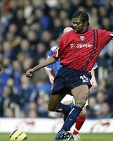 Fotball<br /> Premier League England 2004/05<br /> Portsmouth v West Bromwich<br /> 4. desember 2004<br /> Foto: Digitalsport<br /> NORWAY ONLY<br /> NWANKWO KANU (WEST BROMWICH ALSBION)