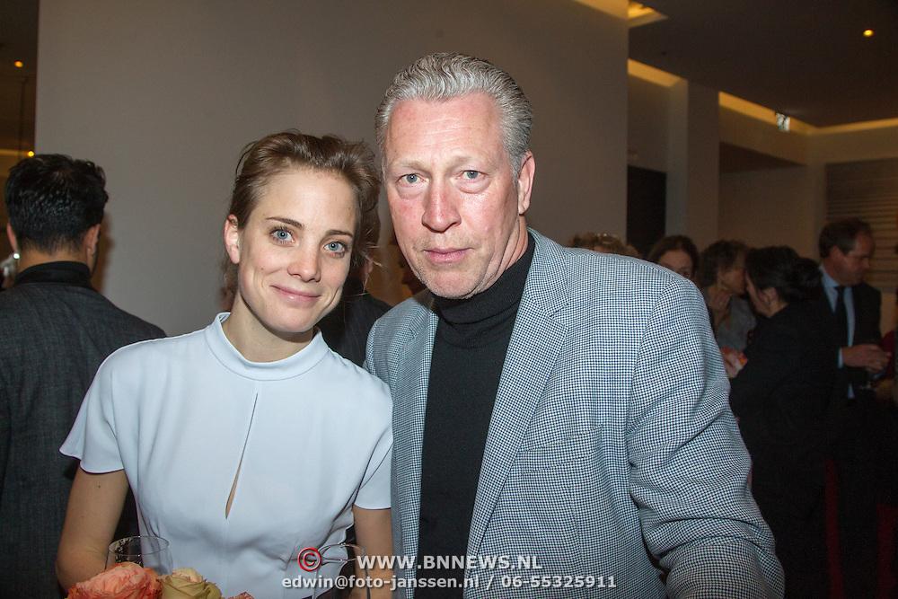 NLD/Amsterdam/20151123 - 5 jaar Delamar theater en 10 Jaar Van den Ende Foundation viering, JHajo Bruins en partner Linde van den Heuvel