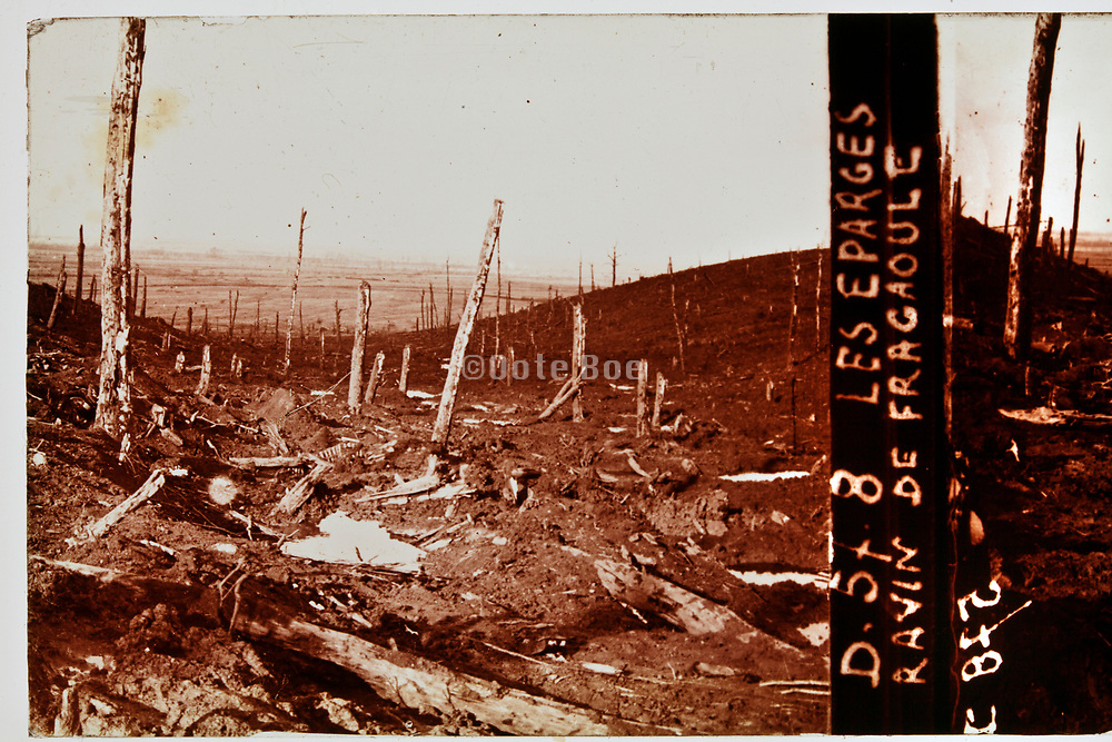 WW1 front trenches destruction