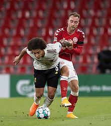 Axel Witsel (Belgien) og Christian Eriksen (Danmark) under UEFA Nations League kampen mellem Danmark og Belgien den 5. september 2020 i Parken, København (Foto: Claus Birch).