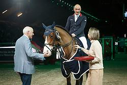 Clee Joe, (GBR), Utamaro D Ecaussines with owners Mr. and Mrs. Kriel<br /> Landbouwleven Paard van het Jaar<br /> Vlaanderen Kerstjumping - Memorial Eric Wauters - <br /> Mechelen 2015<br /> © Hippo Foto - Dirk Caremans<br /> 28/12/15