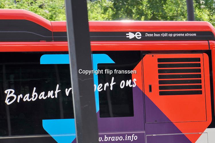 Nederland, Eindhoven, 24-7-2019In deze stad rijden elektrische bussen, autobussen, in het openbaar vervoer.Foto: Flip Franssen