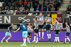 (L-R) Milan Massop of Excelsior, Hicham Faik of Excelsior, Brahim Darri of Heracles Almelo,, Tim Breukers of Heracles Almelo, Paul Gladon of Heracles Almelo, Robin Propper of Heracles Almelo, Peter van Ooijen of Heracles Almelo, Joey Pelupessy of Heracles Almelo during the Dutch Eredivisie match between Heracles Almelo and sbv Excelsior at Polman stadium on August 26, 2017 in Almelo, The Netherlands