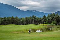 MIEMING  Oostenrijk,  - hole 8    Golf Park Mieminger Plateau.   COPYRIGHT KOEN SUYK