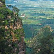 Panoramic view of Tepozteco mountains.