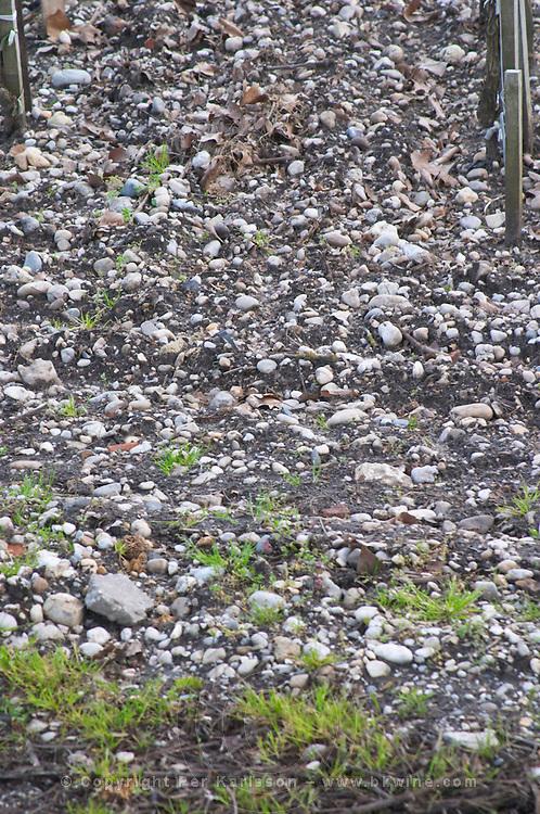 sandy gravelly soil chateau belgrave haut medoc bordeaux france
