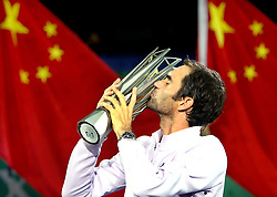 SHANGHAI, Oct. 15, 2017  Roger Federer of Switzerland kisses the trophy after winning the singles final match against Rafael Nadal of Spain at 2017 ATP Shanghai Masters tennis tournament in Shanghai, east China, on Oct. 15, 2017. (Credit Image: © Fan Jun/Xinhua via ZUMA Wire)