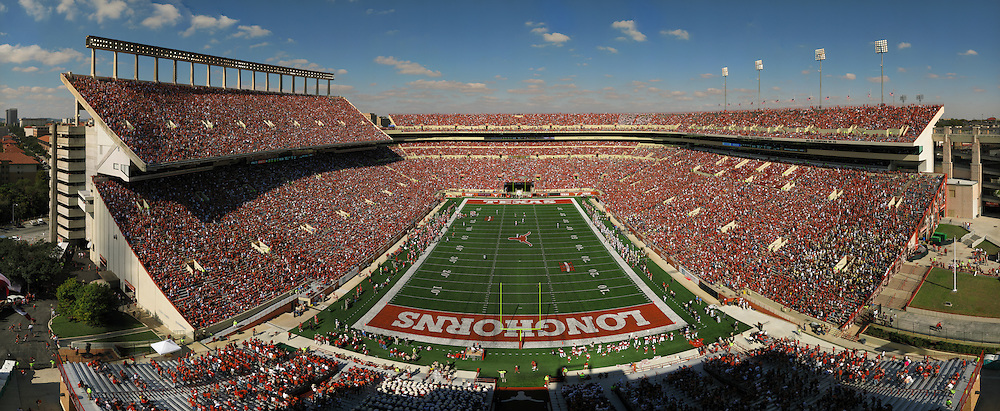 Gigapan panoramic view of Darrell K. Royal-Texas memorial Stadium, shot from the south end zone on Saturday, November 7 2009. Photograph © 2009 Darren Carroll.