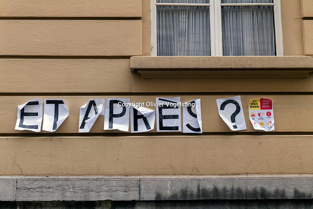 Lausanne, 1er mai 2020. Depuis 130 ans le premier mai est la journée des travailleuses et travailleurs. Pour la première fois dans l'histoire, il n'y aura cette année en Suisse ni manifestations ni rassemblements à cette occasion. Traces sur le mur «et Après» à Lausanne. © Olivier Vogelsang