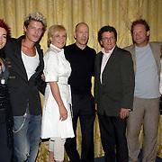 NLD/Amsterdam/20060626 - Persconferentie Over the Edge, Kim Lian van der meij, Tygo Gernandt, Monique van der Ven, Bruce Willis, Edwin de Vries, Eric van Muiswinkel