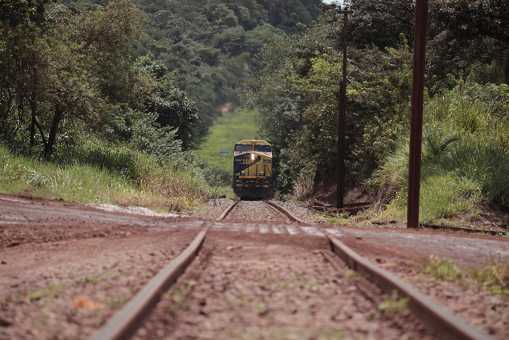 Sao Joaquim de Bicas_MG, Brasil.<br /> <br /> Trem de ferro em Sao Joaquim das Bicas, Minas Gerais.<br /> <br /> Train in Sao Joaquim das Bicas, Minas Gerais.<br /> <br /> Foto: BRUNO MAGALHAES / NITRO