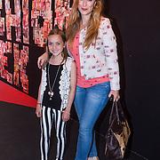 NLD/Amsterdam/20130713 - AFW 2013 Zomer, modeshow Supertrash Girls, Fabienne de Vires en nichtje