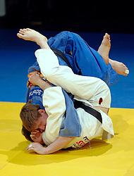 18-03-2006 JUDO: DUTCH OPEN: ROTTERDAM<br /> Henri Schoeman pakt de bronzen medaille in de klasse -73 kg door in de kleine finale Matthew Purssey (GBR) te verslaan.<br /> Copyrights: WWW.FOTOHOOGENDOORN.NL