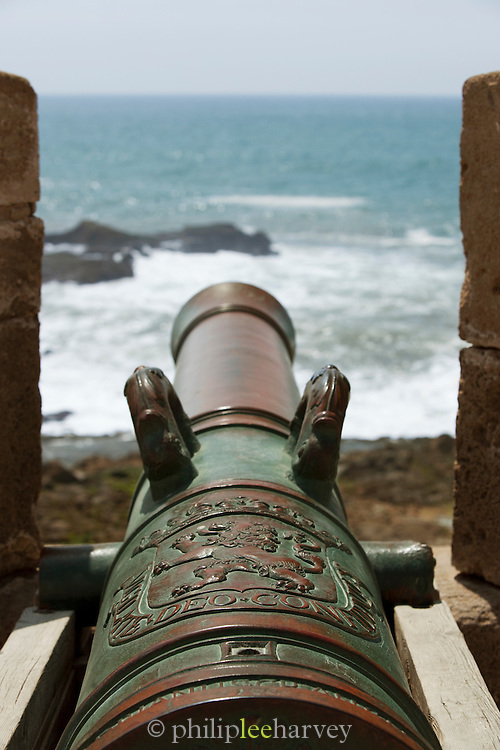 An old canon on the ramparts of the medina walls at Essaouira in Morocco