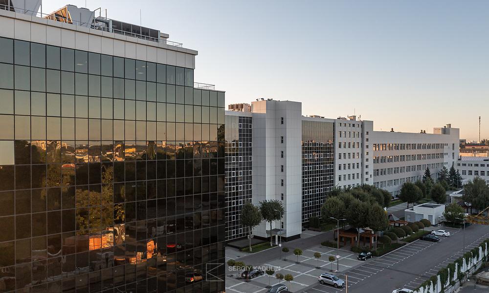 """Фотосъемка офисного центра """"Ирва"""", г. Киев, 2021. Фотосъемка экстерьера бизнес-корпуса с дрона."""