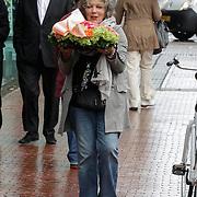 NLD/Amstelveen/20120917 - Uitvaart Rosemarie Smid - Giesen van der Sluis, Willeke van Ammelrooy