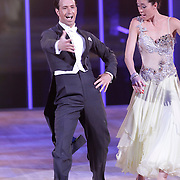 NLD/Hilversum/20120901 - 2de liveshow AVRO Strictly Come Dancing 2012, Naomi van As en danspartner Remi Janssen