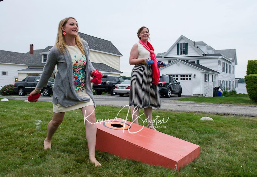Jen and Tony's Wedding Day.  Games on the Lawn.  York, Maine.  ©2015 Karen Bobotas Photographer