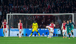 08-05-2019 NED: Semi Final Champions League AFC Ajax - Tottenham Hotspur, Amsterdam<br /> After a dramatic ending, Ajax has not been able to reach the final of the Champions League. In the final second Tottenham Hotspur scored 3-2 / Matthijs de Ligt #4 of Ajax, Frenkie de Jong #21 of Ajax, Andre Onana #24 of Ajax, Nicolas Tagliafico #31 of Ajax, Dusan Tadic #10 of Ajax, Lasse Schone #20 of Ajax