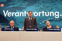 12.04.1999, Deutschland/Bonn:<br /> Johannes Rau, SPD, Ministerpräsident a.D., Gerhard Schröder, SPD, Bundeskanzler, und Rudolf Scharping, SPD, Bundesverteidigungsminister, nach der Rede von Schröder, auf dem Außerordentlichen Bundesparteitag, Hotel Maritim, Bonn<br /> IMAGE: 19990412-01/03-08<br /> KEYWORDS: Gerhard Schroeder, Parteitag, party congress