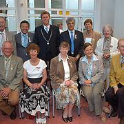 NLD/Huizen/20070427 - Lintjesregen 2007 gemeente Huizen, A. Bout, A. den Braber-Middelkoop, Hansje Dol-Bax, C.E.L. Holzenspies, A. Lokhorst-Kreukniet, G.E. Versfelt-Blocks, A. Wilzing, Henk Zwart, R. Dijkstra, J.H. Koopman