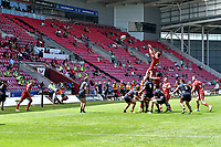 rugby union_Scarlets-Edinburgh: Pro14 Rainbooup E - parc y scarlets Llanelli<br /> <br /> R. Elias ( Scarlets capt),  throws in at a line out in front of a part occupied stand as spectators are admitted at the ground for the 1st time since mARCH 2020<br /> <br /> COLORSPORT/WINSTON BYNORTH