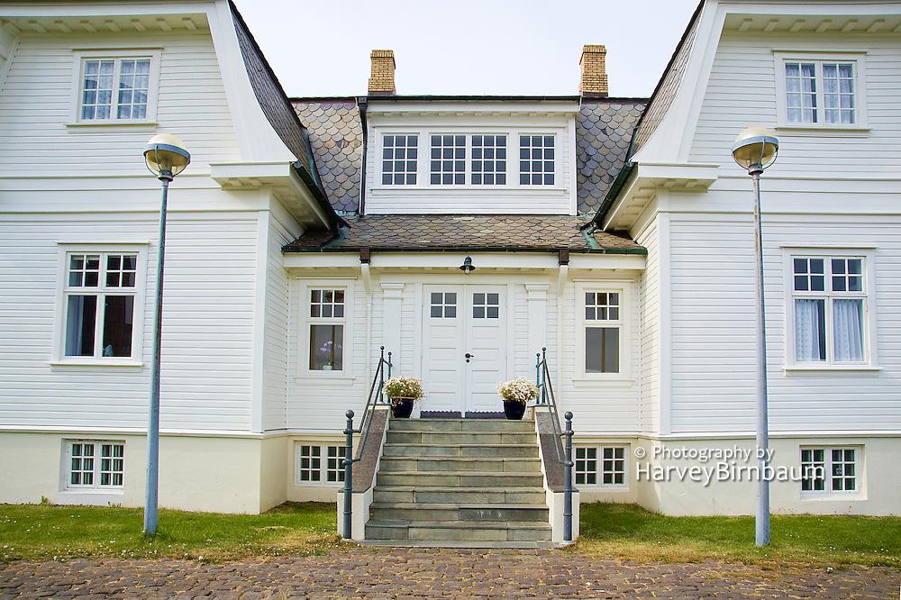Hofdi House Reykjavik Iceland 6_15_09