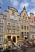 Gdańsk; 2008-06-22. Stare Miasto w Gdańsku. Kamienice przy ulicy Mariackiej.