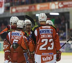 14.12.2014, Stadthalle, Klagenfurt, AUT, EBEL, EC KAC vs Dornbirner Eishockey Club, 27. Runde, im Bild Thomas Hundertpfund (EC KAC, #27), Jason Desantis (EC KAC, #5), Jamie Lundmark (EC KAC, #74), Mike Siklenka (EC KAC, #23) // during the Erste Bank Icehockey League 27th round match betweeen EC KAC and Dornbirner Eishockey Club at the City Hall in Klagenfurt, Austria on 2014/12/14. EXPA Pictures © 2014, PhotoCredit: EXPA/ Gert Steinthaler