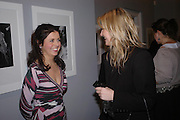 Alison Jacques and Georgina Cohen. Robert Mapplethorpe exhibition curated by David Hockney. Alison Jacques Gallery. clifford St. London. 13 January 2005.  ONE TIME USE ONLY - DO NOT ARCHIVE  © Copyright Photograph by Dafydd Jones 66 Stockwell Park Rd. London SW9 0DA Tel 020 7733 0108 www.dafjones.com