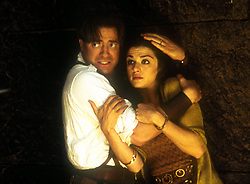 Apr 26, 2001; Los Angeles, CA, USA; BRENDAN FRASER & RACHEL WEISZ brace themselves for trouble in 'The Mummy Returns.'.  (Credit Image: Auto Images/ZUMAPRESS.com)