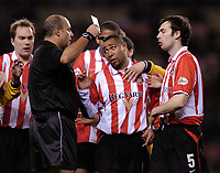 Photo. Jed Wee.Digitalsport<br /> Sunderland v Preston North End, Nationwide League Division One, Stadium of Light, Sunderland. 10/03/2004.<br /> Referee P Prosser shows Jeff Whitley (2nd from R) the red card for throwing a punch.