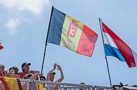 AMSTELVEEN -  Supporters Belgie , Alix Gerniers (Bel) , tijdens de dames -wedstrijd voor de derde plaats ,  Belgie-Spanje (3-1) bij het  EK hockey , Eurohockey 2021. Belgie wint brons. COPYRIGHT KOEN SUYK