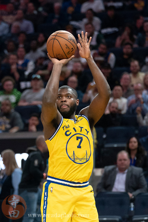 February 27, 2020; San Francisco, California, USA; Golden State Warriors forward Eric Paschall (7) shoots the basketball during the third quarter against the Los Angeles Lakers at Chase Center.