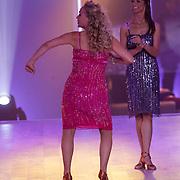NLD/Hilversum/20120916 - 4de live uitzending AVRO Strictly Come Dancing 2012, Sabine Uitslag en Jessica Maybury