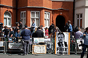 London, UK. Thursday 16th August 2012. Press coverage of the Julian Assange asylum / deportation issue outside the Ecuador Embassy in London.
