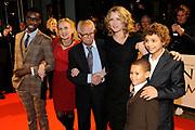 Premiere van de film Sonny Boy op maandag 17 januari in het Circus Theater in Scheveningen.<br /> <br /> Op de foto: Sergio Hasselbaink , Waldemar Nods en zijn schoondochter , Ricky Koole , Eliyha Altena Waldy en Daniel van Wijk