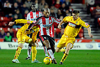 Photo: Alan Crowhurst.<br />Southampton v Burnley. Coca Cola Championship. 13/01/2007. Saints' Pele (C) attacks down the middle.
