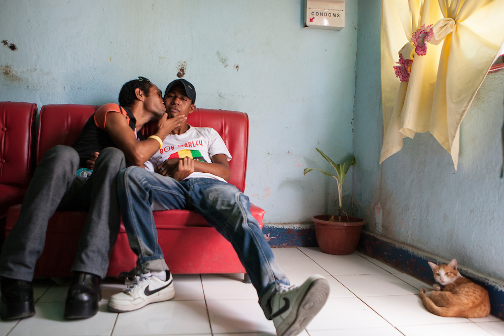 Tuta and Abrao in Melody's salon in Dili. 1 October 2009