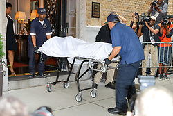 The body of Kate Spade is taken from her apartment after the 55 year-old designer died of an apparent suicide. 05 Jun 2018 Pictured: Kate Spade's body is removed from the apartment building. Photo credit: ZapatA/MEGA TheMegaAgency.com +1 888 505 6342
