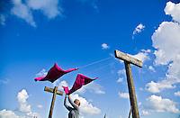 VLIELAND - (model released) Was ophangen aan de waslijn op vlielandANP.  COPYRIGHT KOEN SUYK