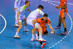 11-04-2019 NED: Netherlands - Slovenia, Almere<br /> Third match 2020 men European Championship Qualifiers in Topsportcentrum in Almere. Slovenia win 26-27 / Kay Smits #21 of Netherlands, Matic Suholeznik #95 of Slovenia