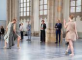 Prinses Margriet bij voorstelling Introdans in Arnhem