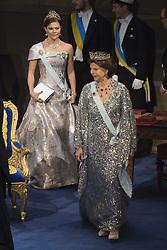 Kˆnigin Silvia, Kronprinzessin Victoria bei der Nobelpreisverleihung 2016 in der Konzerthalle in Stockholm / 101216 <br /> <br /> ***The annual Nobel Prize Award Ceremony at The Concert Hall in Stockholm, December 10th, 2016***