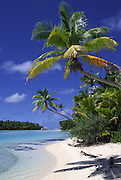 One foot Island (Tapuaetai), Aitutaki, Cook Islands<br />