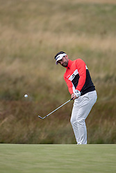 Great Britain's Lee Slattery plays his chip shot to the 1st during day ten of the 2018 European Championships at Gleneagles PGA Centenary Course.