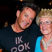 NLD/Amsterdam/20130526 - Toppers in Concert 2013, Gerard Joling met zijn moeder
