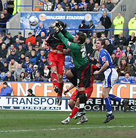 Photo: Mark Stephenson.<br />Leicester City v Queens Park Rangers. Coca Cola Championship. 17/03/2007. QPR's goal keeper Lee Clamp makes a another good save as Leicester pile on the pressure