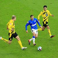 21.11.2020, OLympiastadion, Berlin, GER, DFL, 1.FBL, Hertha BSC VS. Borussia Dortmund, <br /> DFL  regulations prohibit any use of photographs as image sequences and/or quasi-video<br /> im Bild Vladimir Darida (Hertha BSC Berlin #6),<br /> Erling Haaland (Borussia Dortmund #9), Mahmoud Dahoud (Borussia Dortmund #8)<br /> <br />       <br /> Foto © nordphoto / Engler