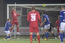 Teddy Bergqvist (FC Helsingør) header bolden i mål til reducering til 4-1 under kampen i 1. Division mellem Fremad Amager og FC Helsingør den 21. oktober 2020 i Sundby Idrætspark (Foto: Claus Birch).